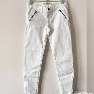 🌹Hollister White Skinny Jeans